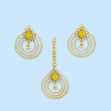Jaipuri Maang Tikka With Earrings In Yellow