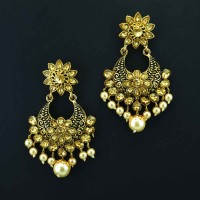 Gold Plated Chandbalis With Shinny Pearl for Women