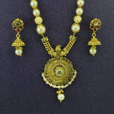 Gold Plated Necklace With Pair Of Drop Earrings In Red Kundan