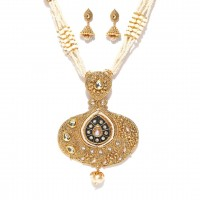 Gold Toned Off White Stone Studded Jewelry Set  For Women
