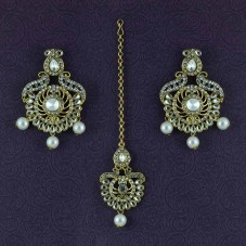 Gold Plated Beaded Maang Tikka With Pair Of Earrings