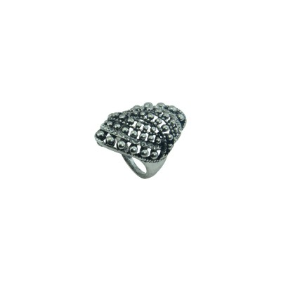 Silver Plated Ring With Multiple Pearls