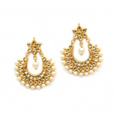 Gold Toned Kundan Earrings With Pearls