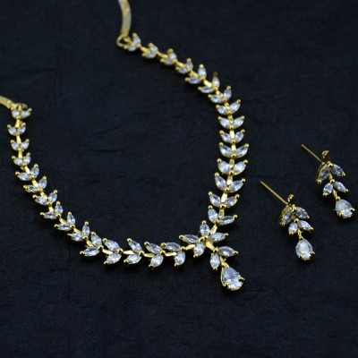 Silver Plated Shinny Studded Necklace Set