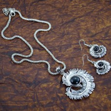 Beautiful Silver Plated Pendant With Studded Earrings