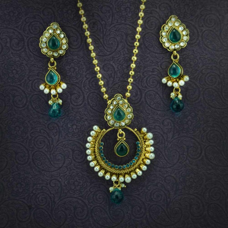 diamond necklace stone designer a american green and set