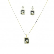 Designer AD Pendant Set In Black Color
