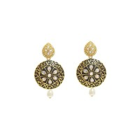 Floral Design Kundan Earrings  In Black
