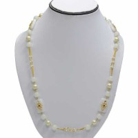 Shinny Pearls in Golden Chain Necklace For Women