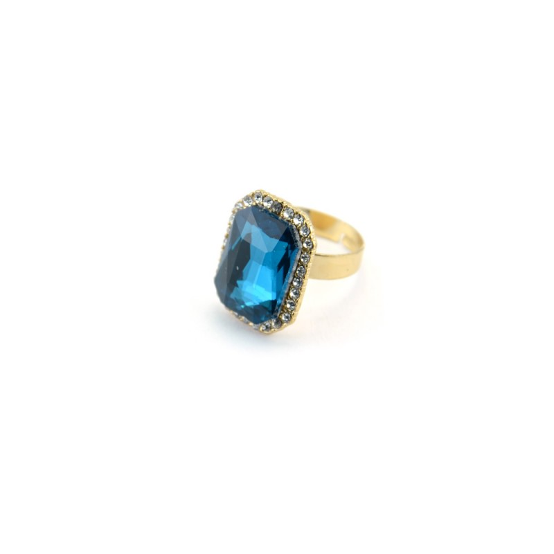 Sea Blue Stone Ring With Princess Cut