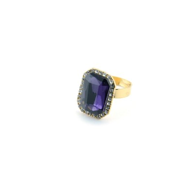 Purple Stone Ring With Princess Cut