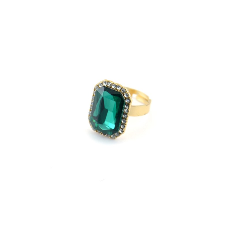 Green Stone Ring With Princess Cut