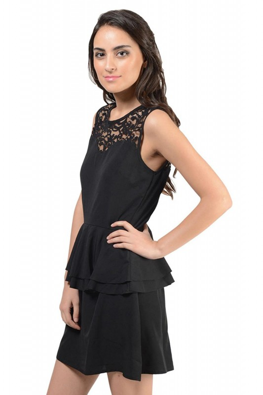 Layered Sleeveless Short Dress In Black