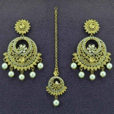 Gold Plated Manng Tikka With Chandbalis Earrings
