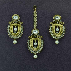 Gold Plated Maang Tikka With Pair Of Pearl Earrings