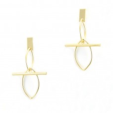 Beautiful Dangler Earring In Golden Color
