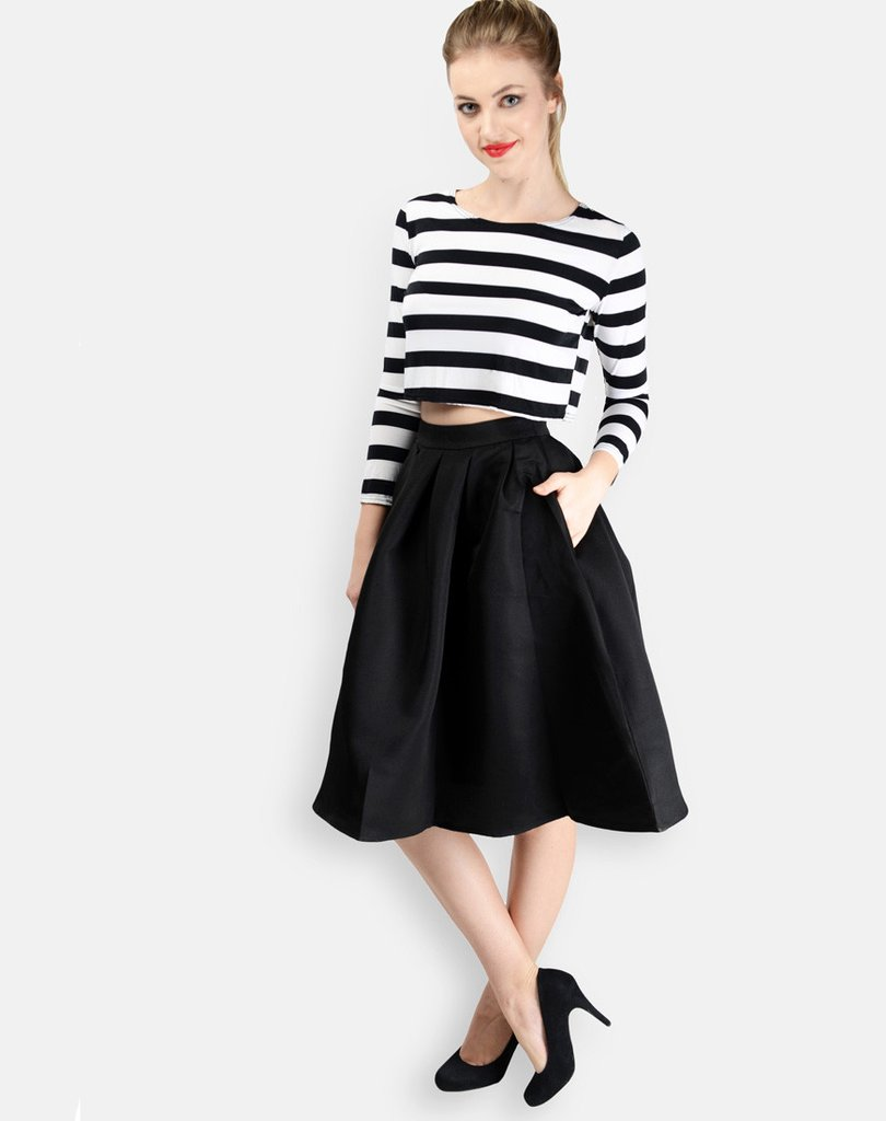 Black Pleated Midi Skirt By Shipgig